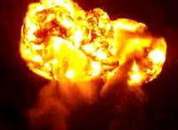 巨大な火の塊を発射!とっても綺麗だな