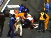 81年F1メカニックが両足を複雑骨折するショッキングな事故