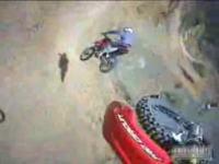 エクストリーム・バイク ヘルメットカメラからの大迫力映像