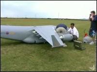 C17軍用大型長距離輸送機の巨大ラジコン グローブマスター