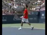 テニス ノバク・ジョコビッチの可愛い小技ww