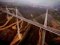 世界一高い橋『ミヨー橋』とは? フランス タルン川渓谷